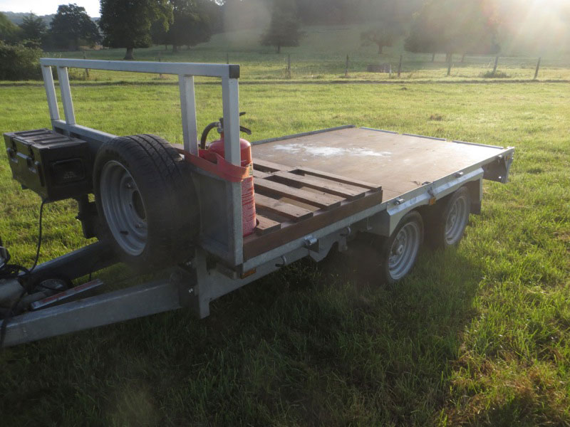 Indespension tandem axle trailer