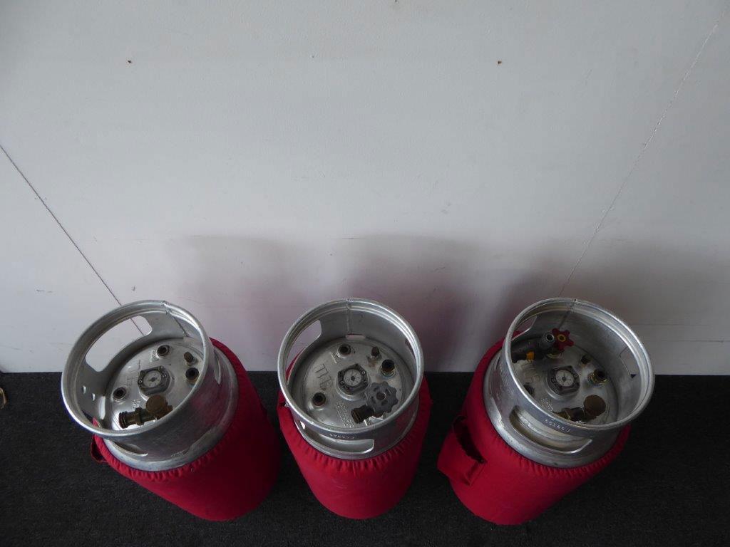 3x Worthington cylinder