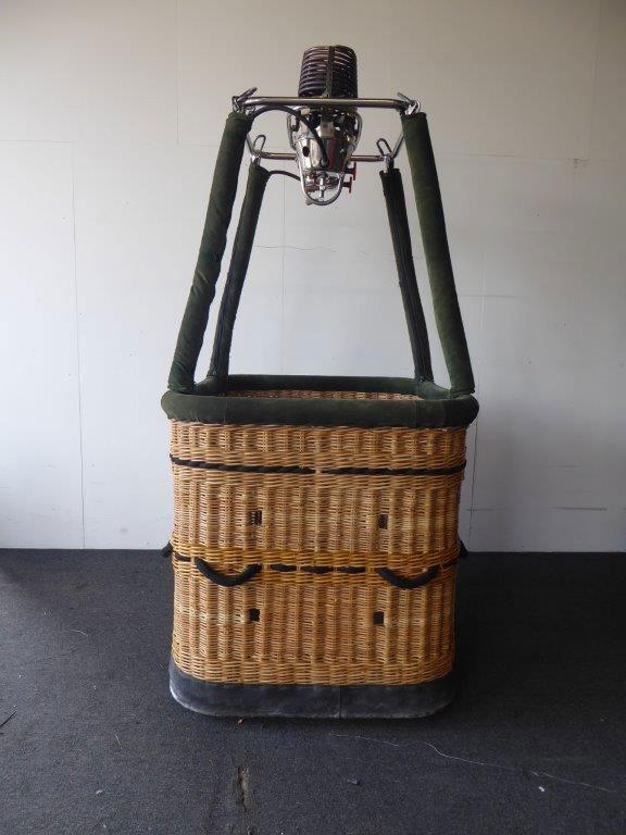 Lindstrand basket with Thunder & Colt burner