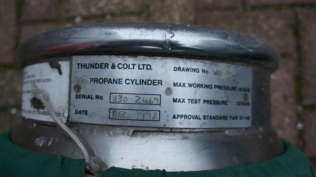 2x Thunder & Colt V30 cylinders