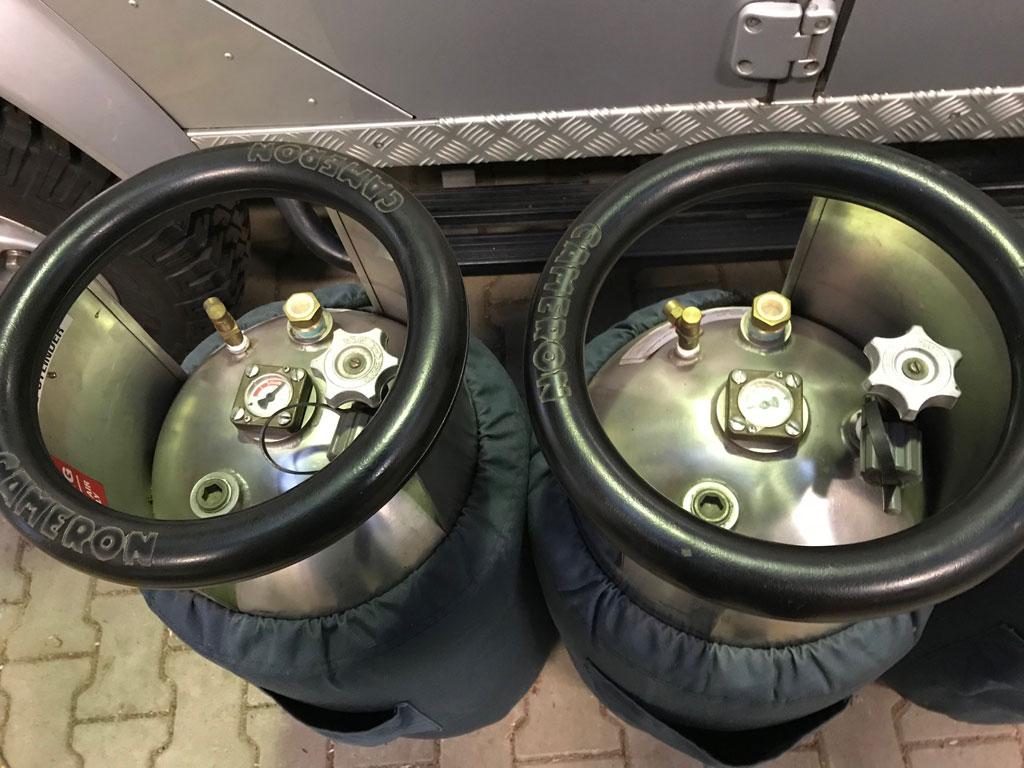 4x Cameron CB599 cylinder