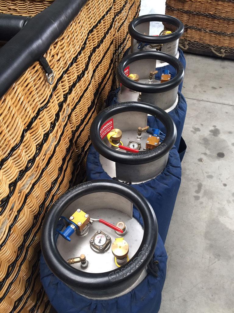 4x Cameron CB2903 Duplex steel cylinders