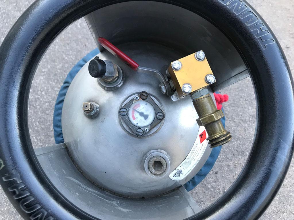 2x Cameron CB2088 cylinders