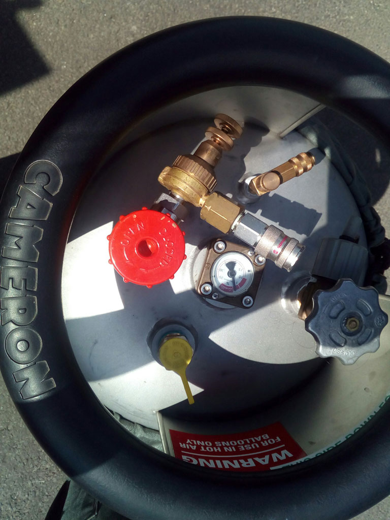 3x Cameron CB2901 cylinders