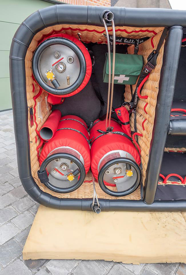 OO-BWD Lindstrand LBL 160A
