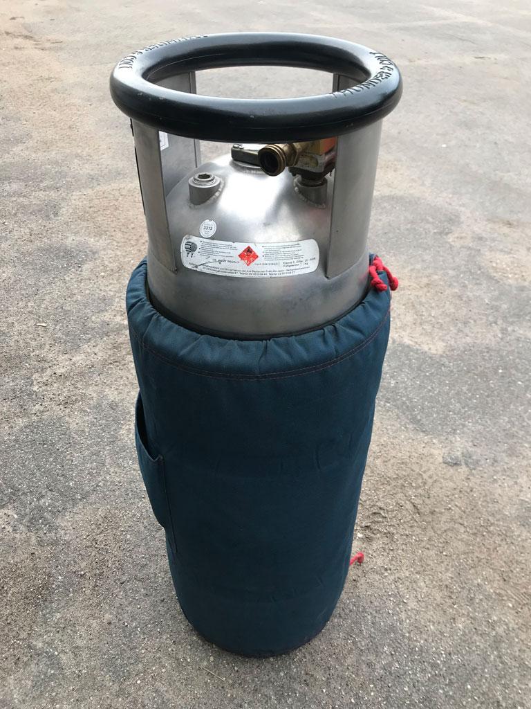 4x Cameron CB2088 cylinders
