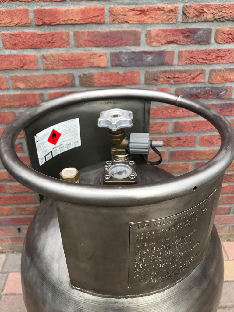 Cameron CB2380 Titanium cylinder