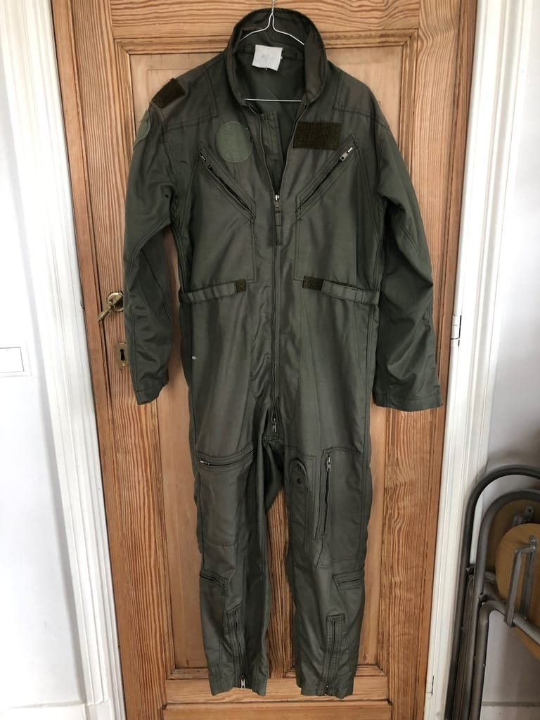 4x Nomex flying suits