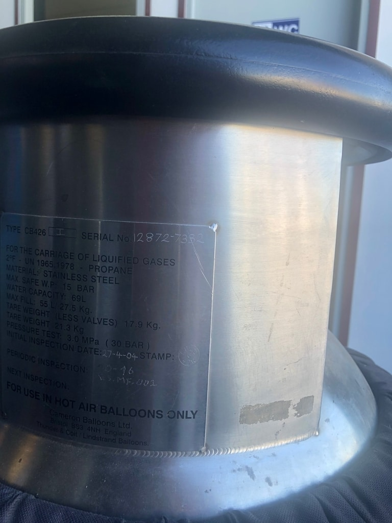 2x Cameron CB426 cylinder