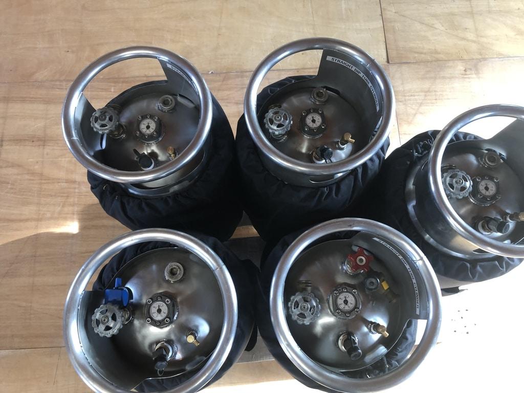 5x Cameron CB599 cylinder
