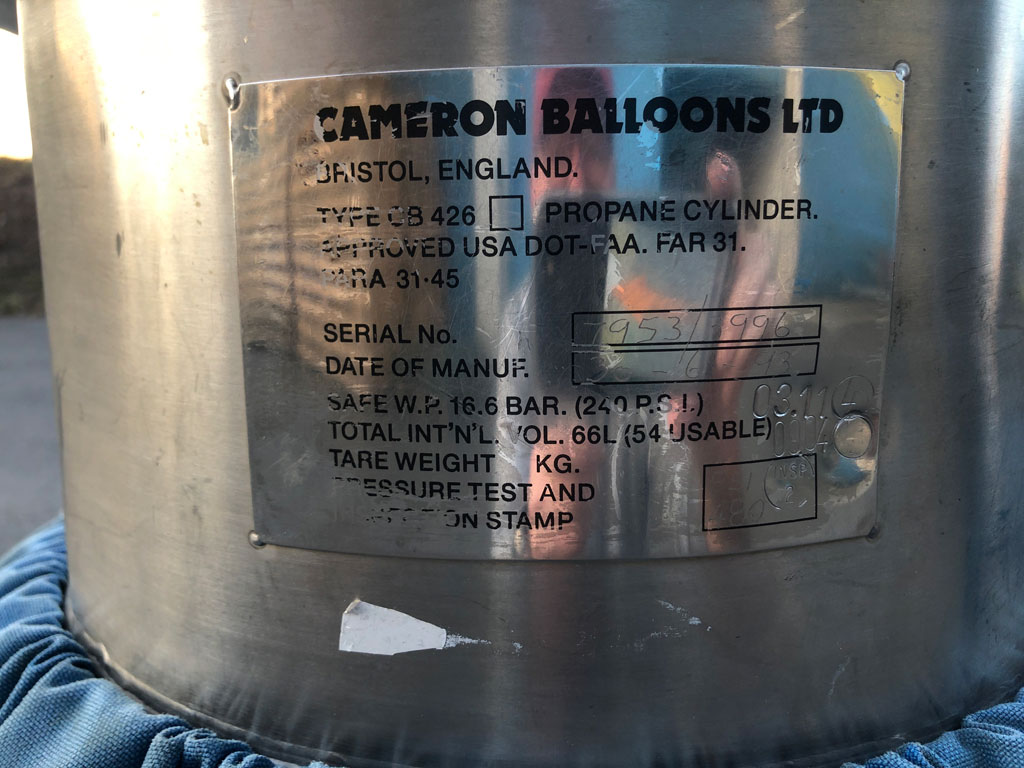 3x Cameron CB426 cylinder