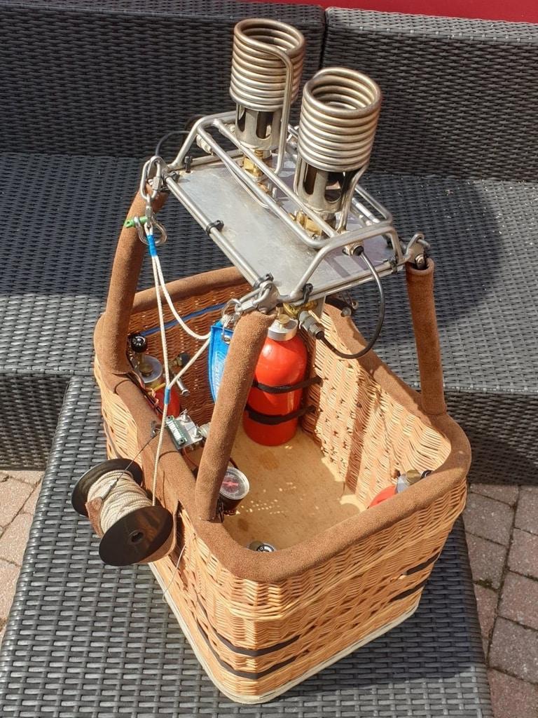 Boelling model balloon basket