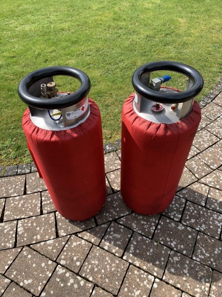 2x Schroeder VA50 cylinders