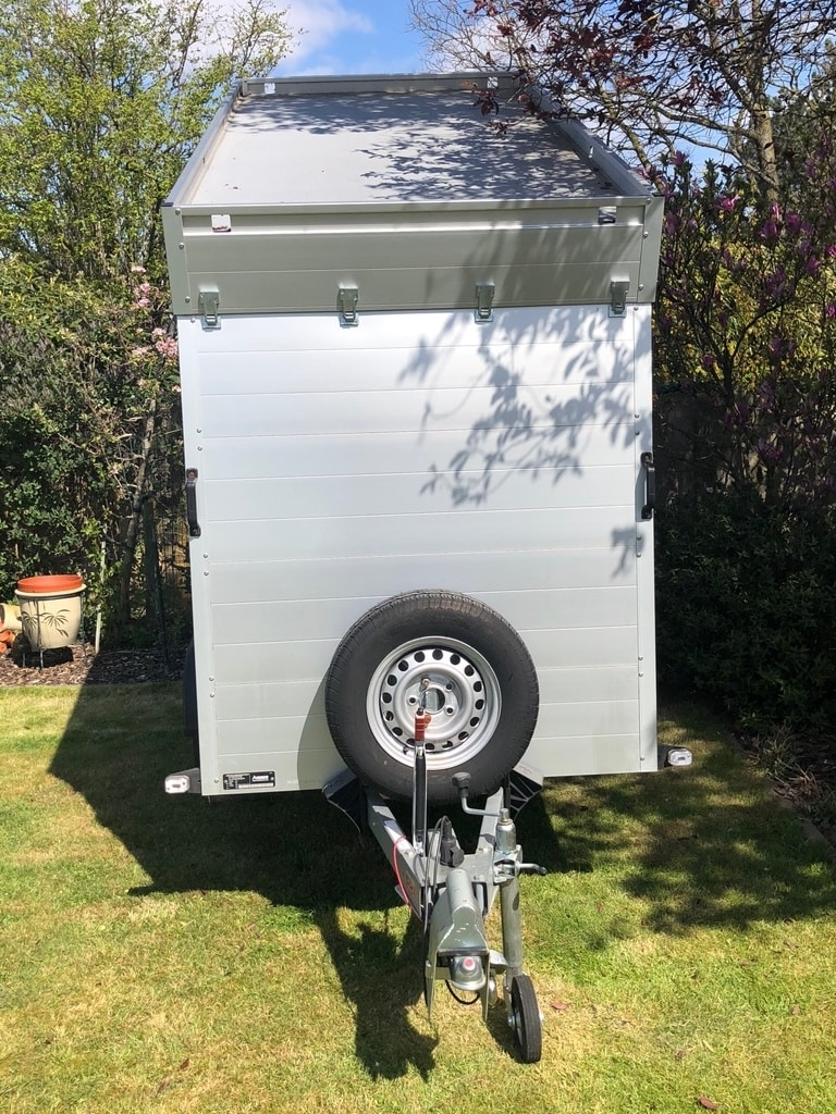 2.5m single axle Anssems trailer