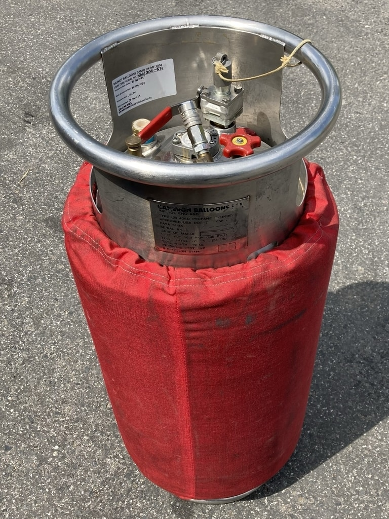 Cameron CB426 cylinder